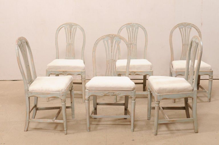 Set of 6 Swedish Provincial Gustavian Carved Wheat-Back Chairs In Good Condition In Atlanta, GA