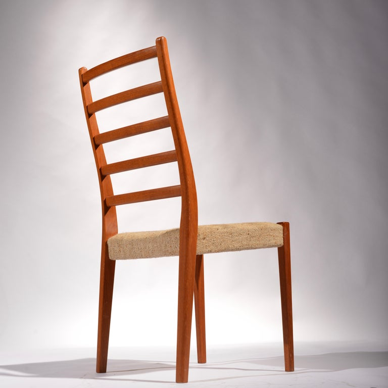 6 Teak Dining Chairs by Svegards Markaryd, Sweden In Excellent Condition For Sale In Los Angeles, CA