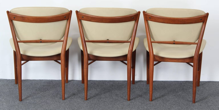 Set of Six Teak Finn Juhl NV-51 Dining Chairs for Baker Furniture Company, 1960s In Good Condition For Sale In Hamburg, PA