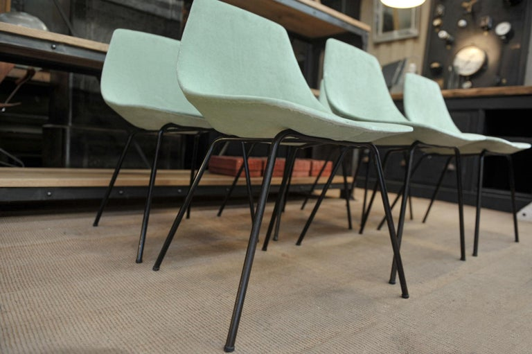 Set of 6 Tonneau Chairs by Pierre Guariche for Steiner, 1954 In Good Condition For Sale In Roubaix, FR