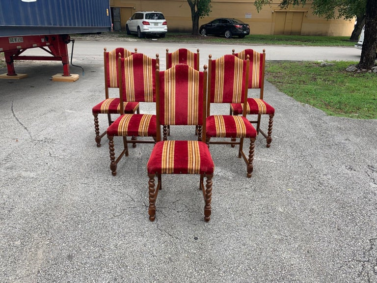 Set of 6 Vintage Louis XIII Style Barley Twist Solid Walnut Dining Chairs, 1880s In Good Condition For Sale In Hialeah, FL
