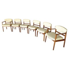 Set of 6 Walnut Framed Dining Chairs Designed by George Nelson for Herman Miller