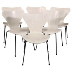 Set of 6 White Laminated Oak Mid-Century Modern Chrome Leg Dining Chairs
