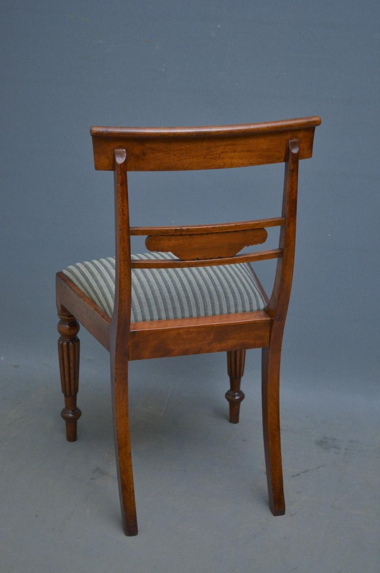 Set of 6 William IV Mahogany Dining Chairs For Sale 4