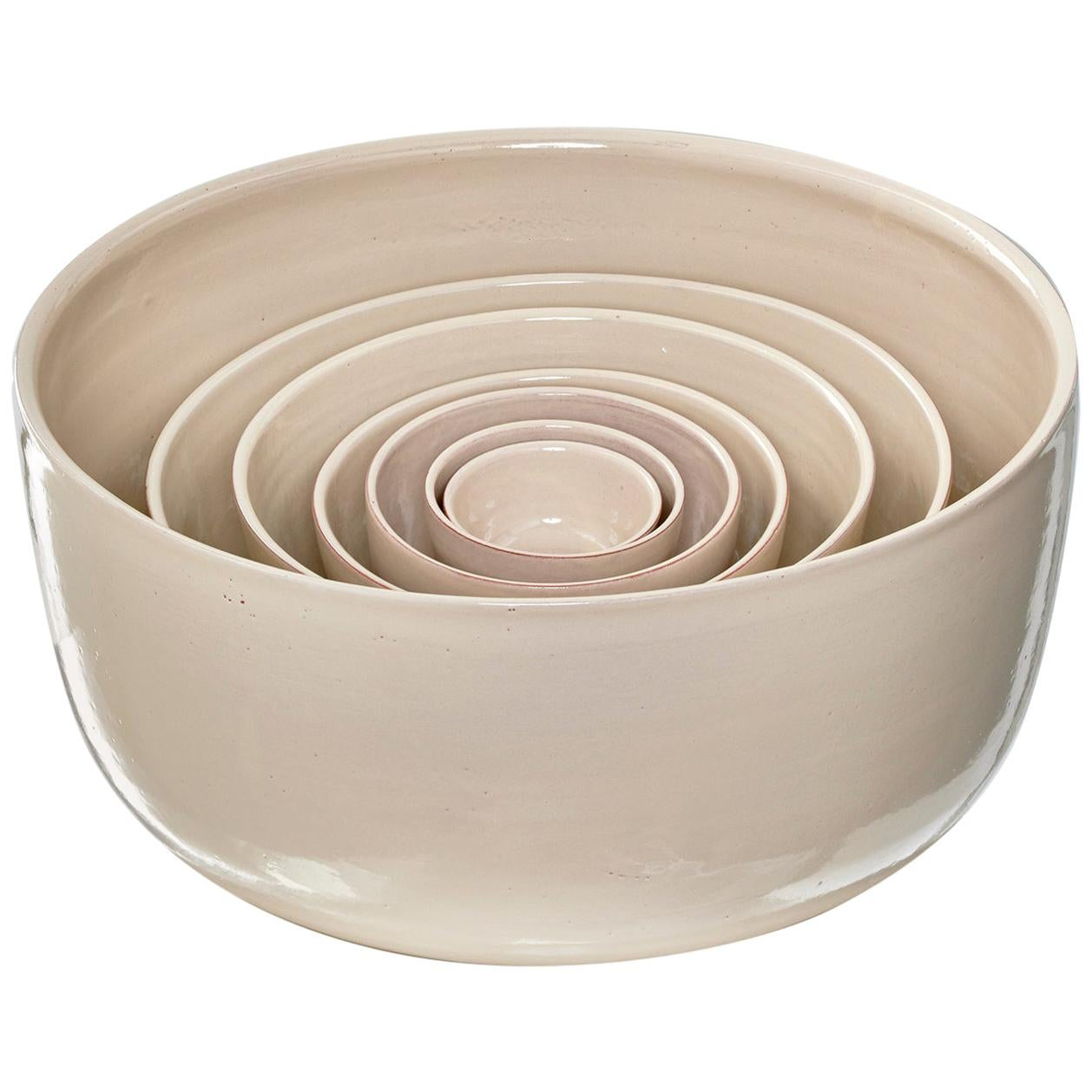 "Set of 7 beige ceramic bowls ""GIRO"" by Julie Richoz"