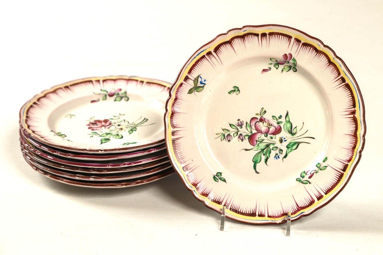 Set of 7 French Faience Plates, Late 19th Century For Sale 5