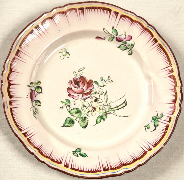Set of 7 French Faience Plates, Late 19th Century In Good Condition For Sale In Chappaqua, NY