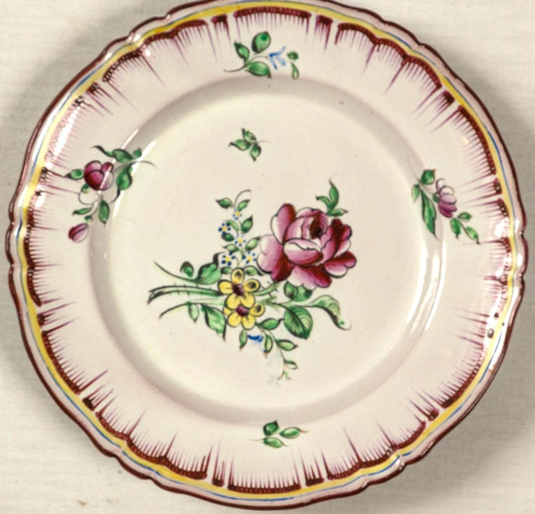 Ceramic Set of 7 French Faience Plates, Late 19th Century For Sale