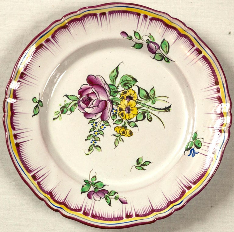 Set of 7 French Faience Plates, Late 19th Century For Sale 1