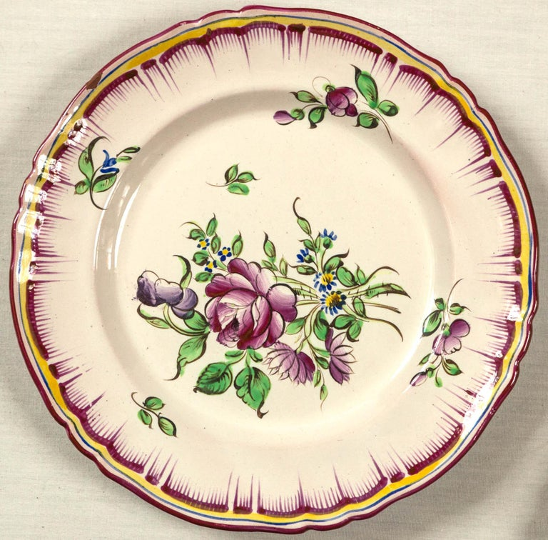 Set of 7 French Faience Plates, Late 19th Century For Sale 2