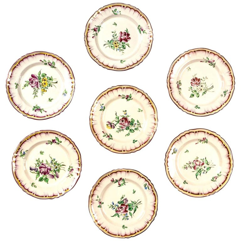Set of 7 French Faience Plates, Late 19th Century For Sale