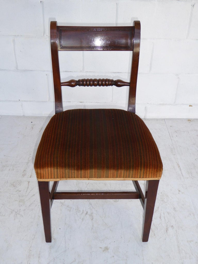 Set of 8 19th Century George III Mahogany Dining Chairs In Good Condition For Sale In Chelmsford, Essex
