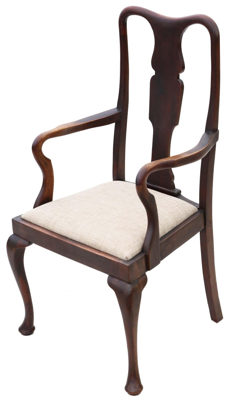 Set of 8 '6+2' Mahogany Queen Anne Revival Dining Chairs In Good Condition For Sale In Wisbech, Cambridgeshire