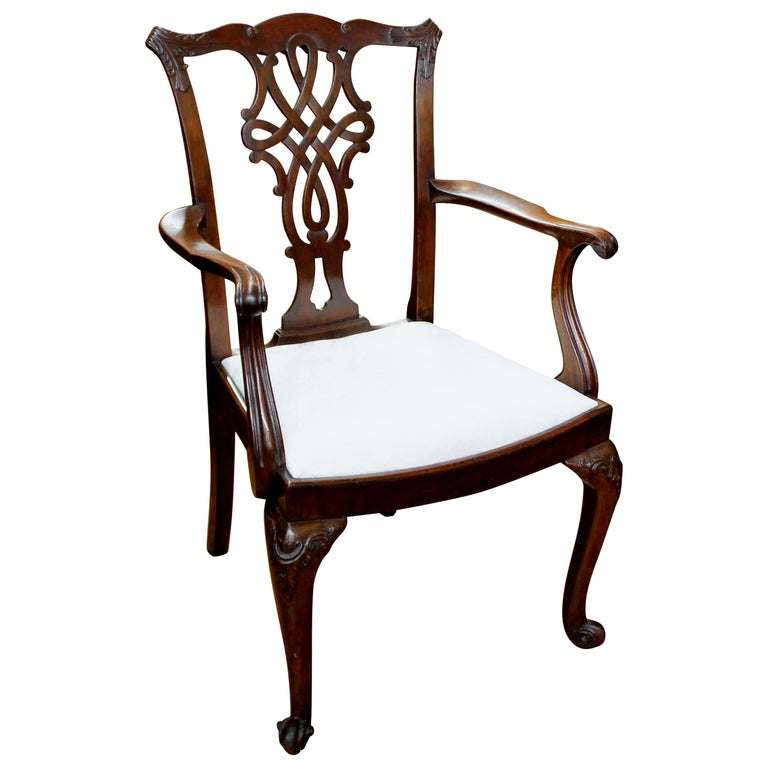 Chippendale Mahogany Dining Room Chairs: Set Of 8 Antique English Hand Carved Mahogany Chippendale
