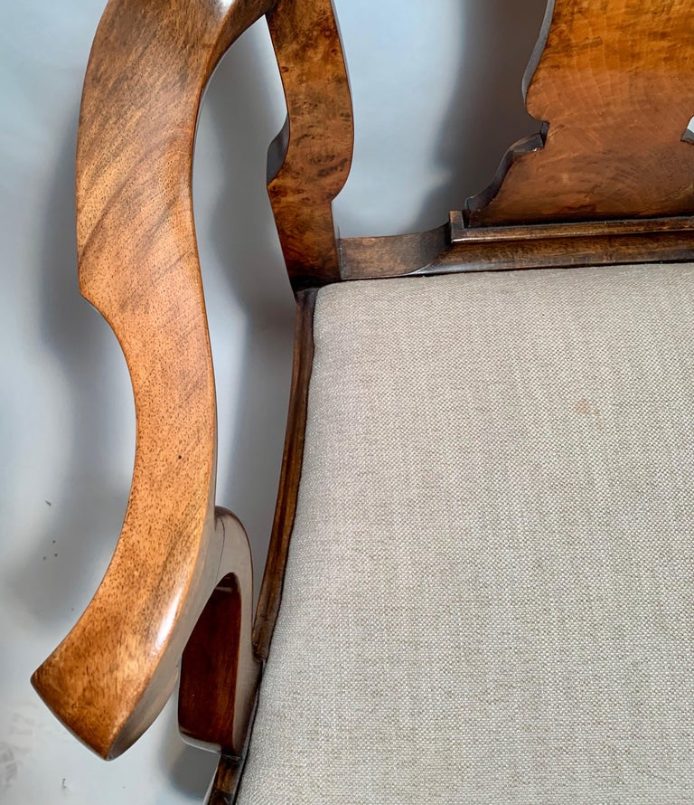 19th Century Set of 8 Antique English Queen Anne Burl Walnut Dining Chairs For Sale