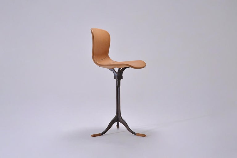 Thai Set of 8 Bespoke Counter-Height Chairs, Solid Brass and Leather by P. Tendercool For Sale