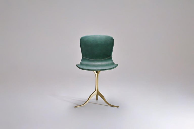 Mid-Century Modern Set of 8 Bespoke Leather Chairs with Hand-Cast Brass Base by P. Tendercool For Sale