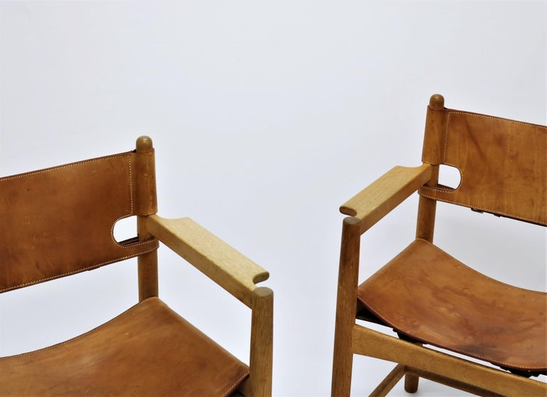 Set of 8 Børge Mogensen Armchairs in Oak and Patinated Saddle Leather In Good Condition For Sale In Odense, DK