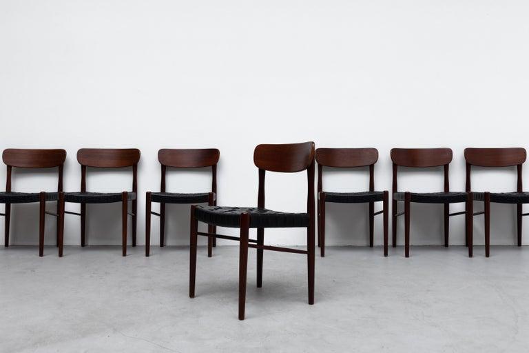 Mid-Century Modern Set of 8 Børge Mogensen Style Danish Teak Dining Chairs For Sale