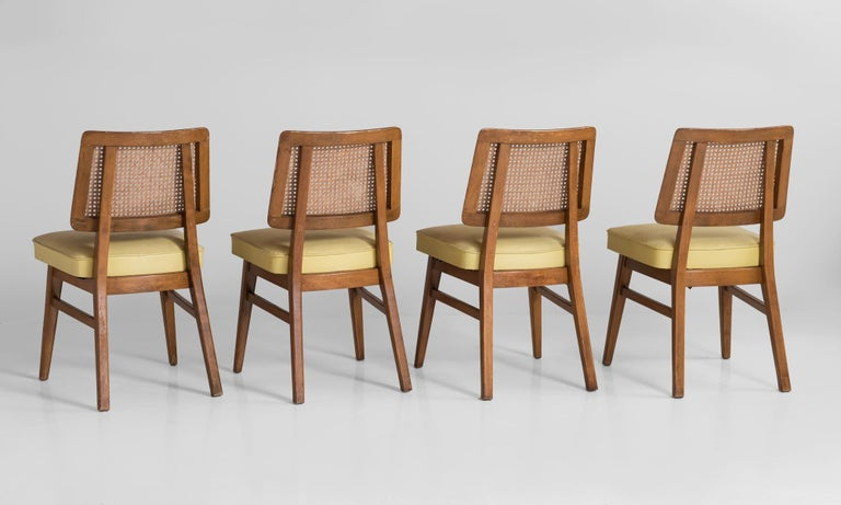 Set of 8 Cane Back Dining Chairs, America, circa 1960 In Good Condition For Sale In Culver City, CA