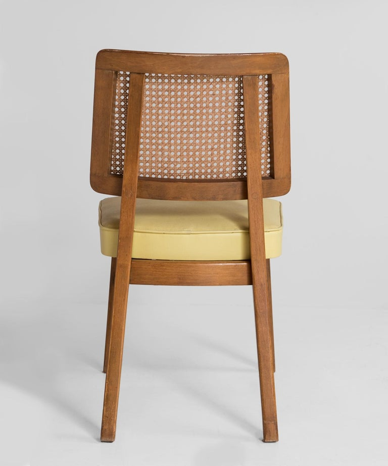 Mid-20th Century Set of 8 Cane Back Dining Chairs, America, circa 1960 For Sale