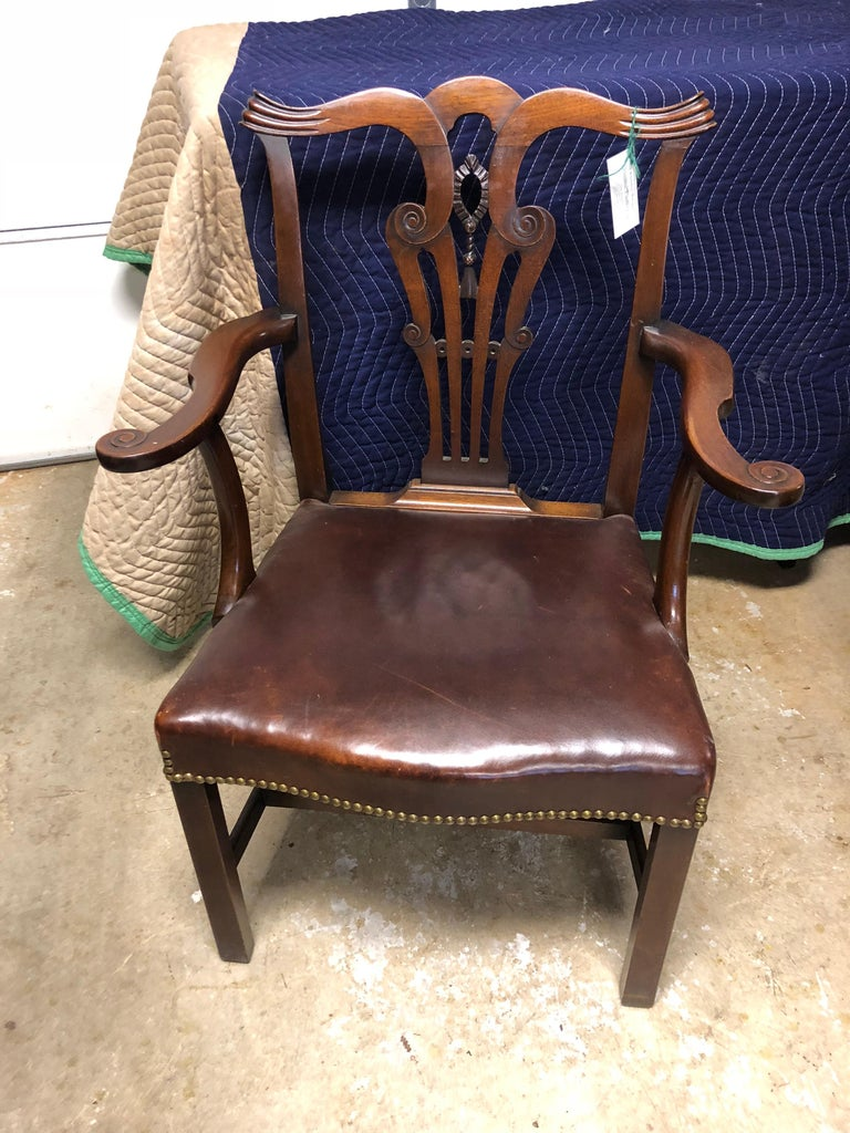 American Set of 8 Chippendale Style Dining Chairs in Mahogany with Leather Seats For Sale