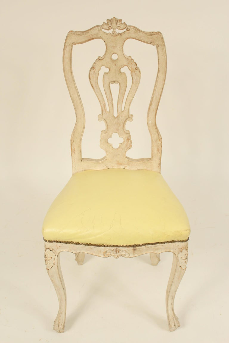 Set of 8 Continental Painted Louis XV Style Dining Room Chairs In Good Condition For Sale In Laguna Beach, CA