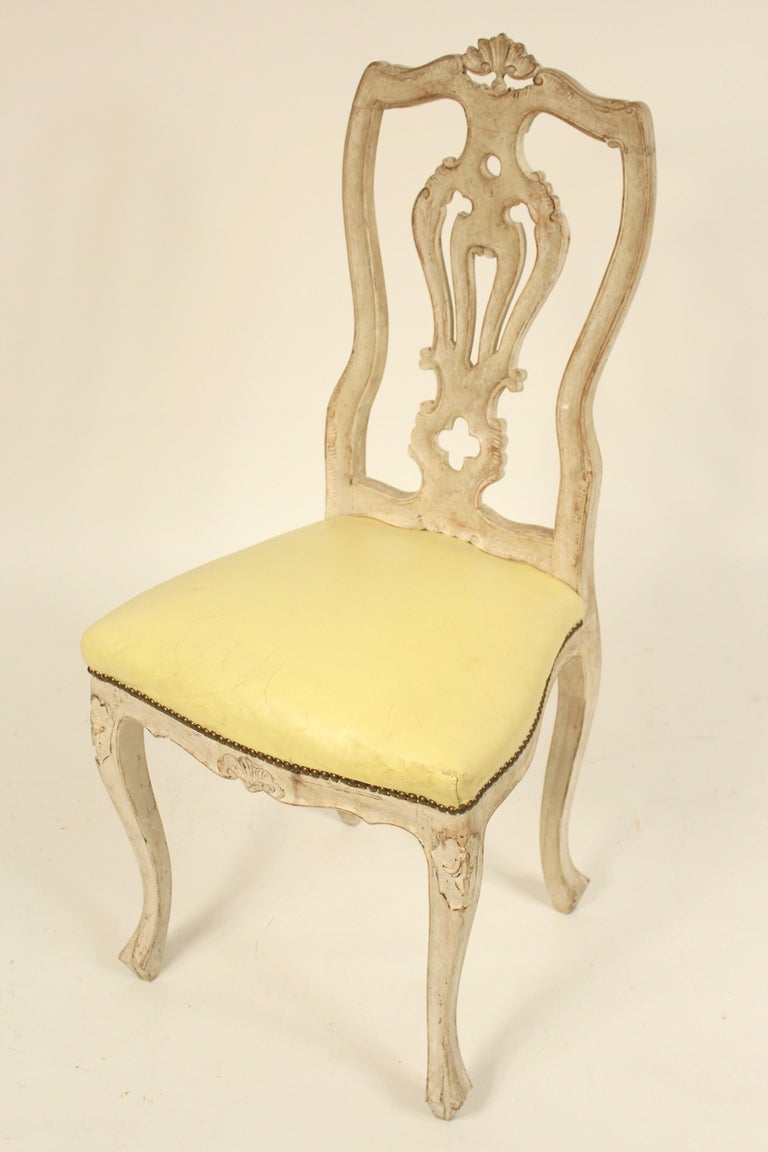 Mid-20th Century Set of 8 Continental Painted Louis XV Style Dining Room Chairs For Sale