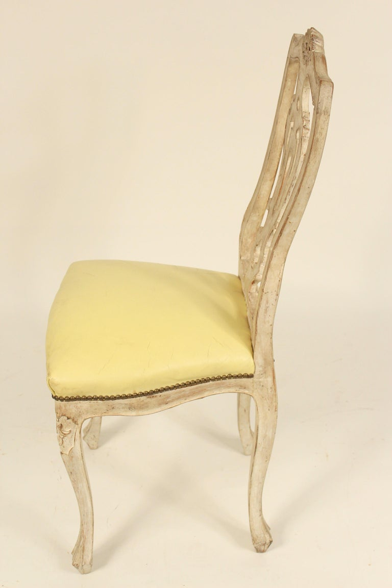Naugahyde Set of 8 Continental Painted Louis XV Style Dining Room Chairs For Sale