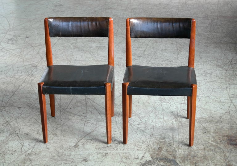 Set of 8 Danish 1950s Dining Chairs of Teak and Leather by Fritz Hansen For Sale 1