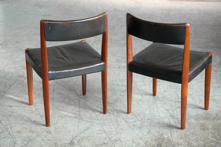 Set of 8 Danish 1950s Dining Chairs of Teak and Leather by Fritz Hansen For Sale 3