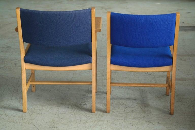 Set of 8 Danish Hans Wegner Oak Dining Chairs for GETAMA For Sale 1