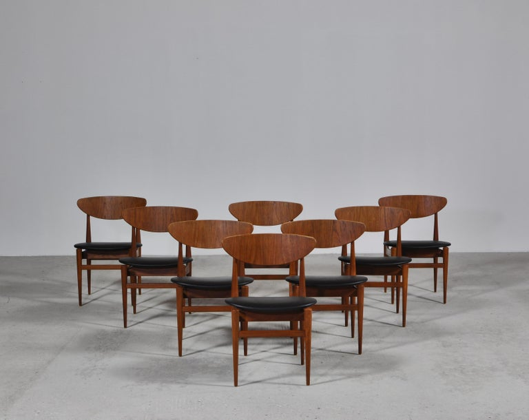 Set of 8 Danish Modern Dining Chairs Teak and Black Leather by Inge Rubino, 1963 For Sale 7