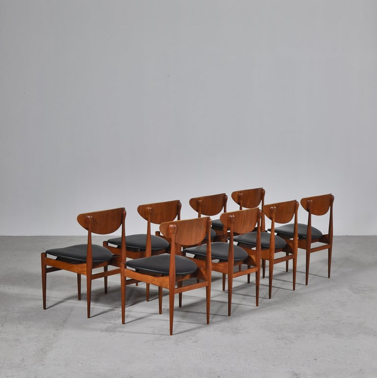 Scandinavian Modern Set of 8 Danish Modern Dining Chairs Teak and Black Leather by Inge Rubino, 1963 For Sale