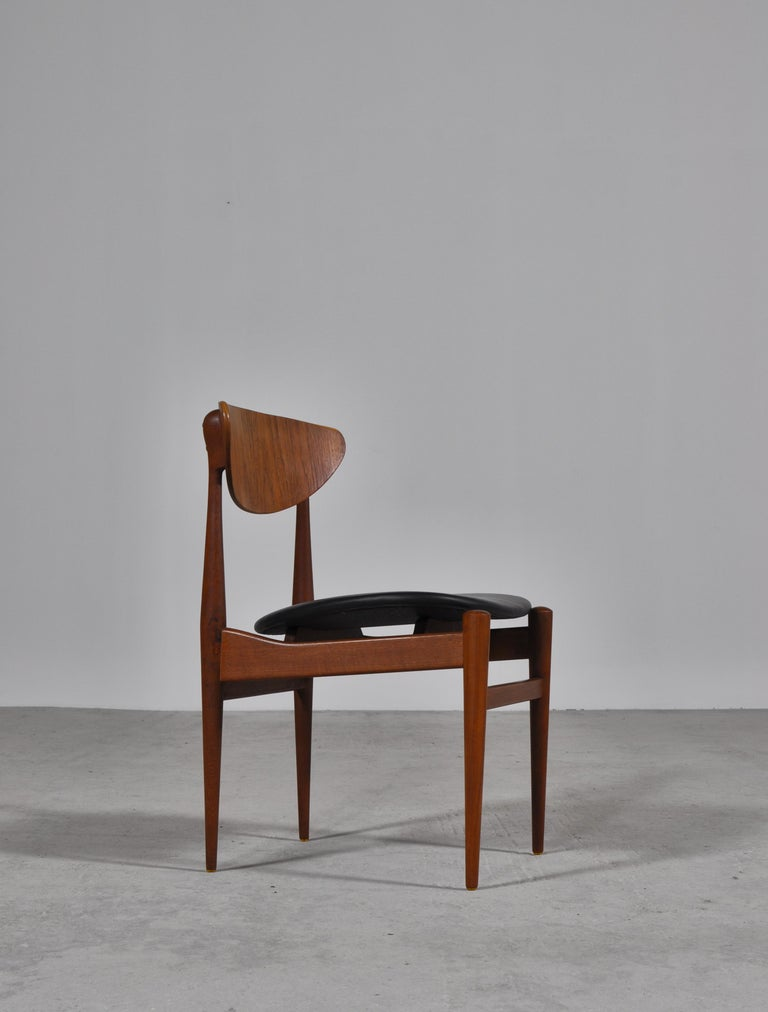 Mid-20th Century Set of 8 Danish Modern Dining Chairs Teak and Black Leather by Inge Rubino, 1963 For Sale