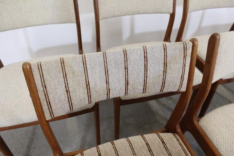 20th Century Set of 8 Danish Modern Johannes Andersen Uldum Mobelfrabrik Teak Dining Chairs