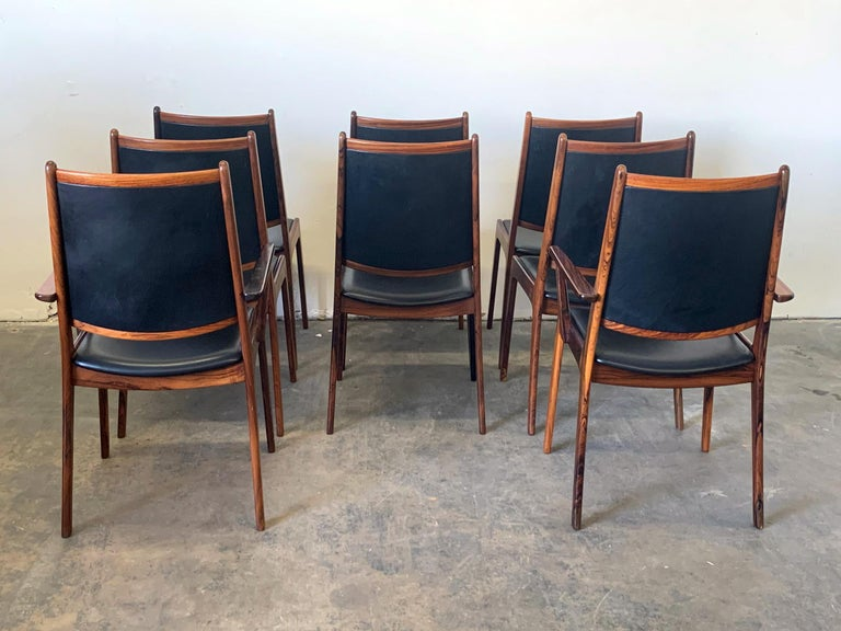 Set of 8 Danish Modern Rosewood and Leather Dining Chairs In Good Condition For Sale In Tempe, AZ