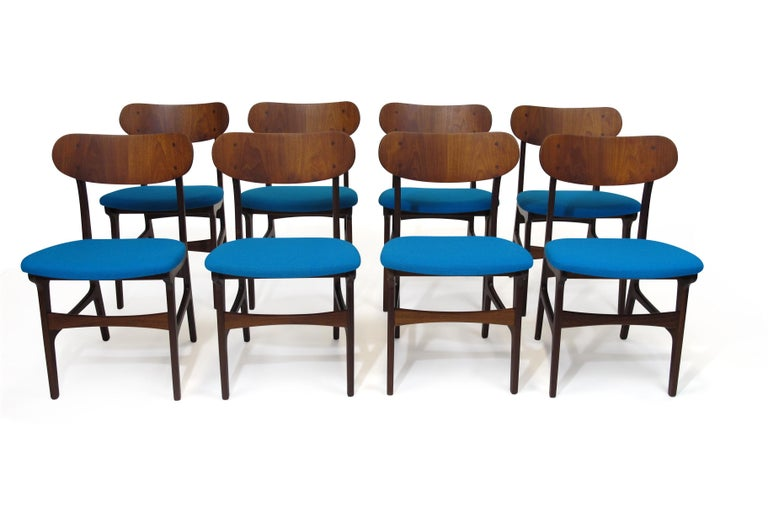 20th Century Set of 8 Danish Teak Dining Chairs For Sale