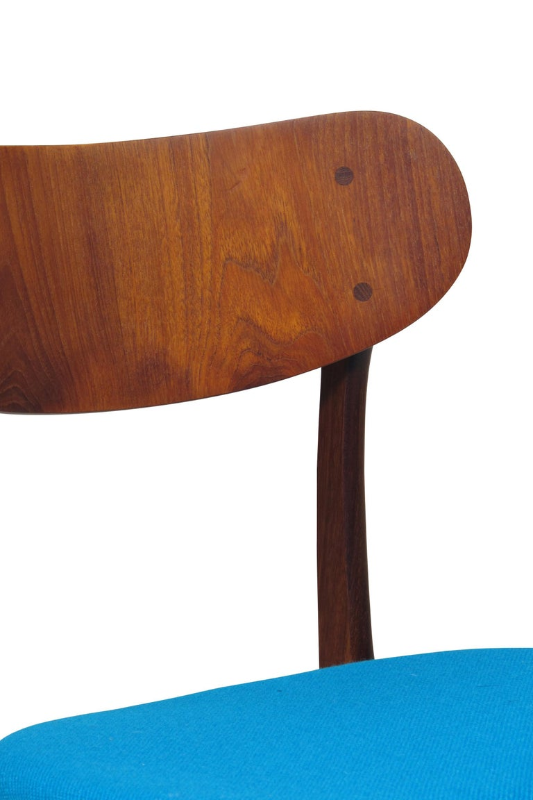 Set of 8 Danish Teak Dining Chairs For Sale 1