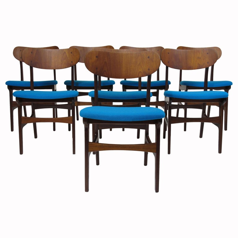 Set of 8 Danish Teak Dining Chairs For Sale
