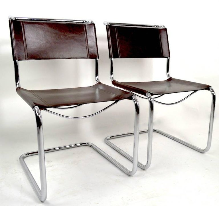 20th Century Set of Eight Dining Chairs by Breuer in Chrome and Leather For Sale