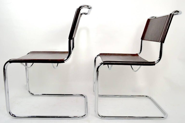 Set of Eight Dining Chairs by Breuer in Chrome and Leather For Sale 2