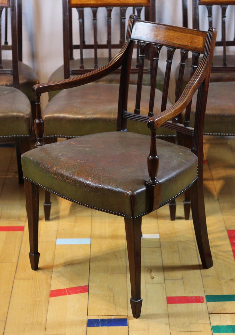 Inlay Set of 8 English George III Dining Chairs circa 1780, Mahogany and Satinwood For Sale