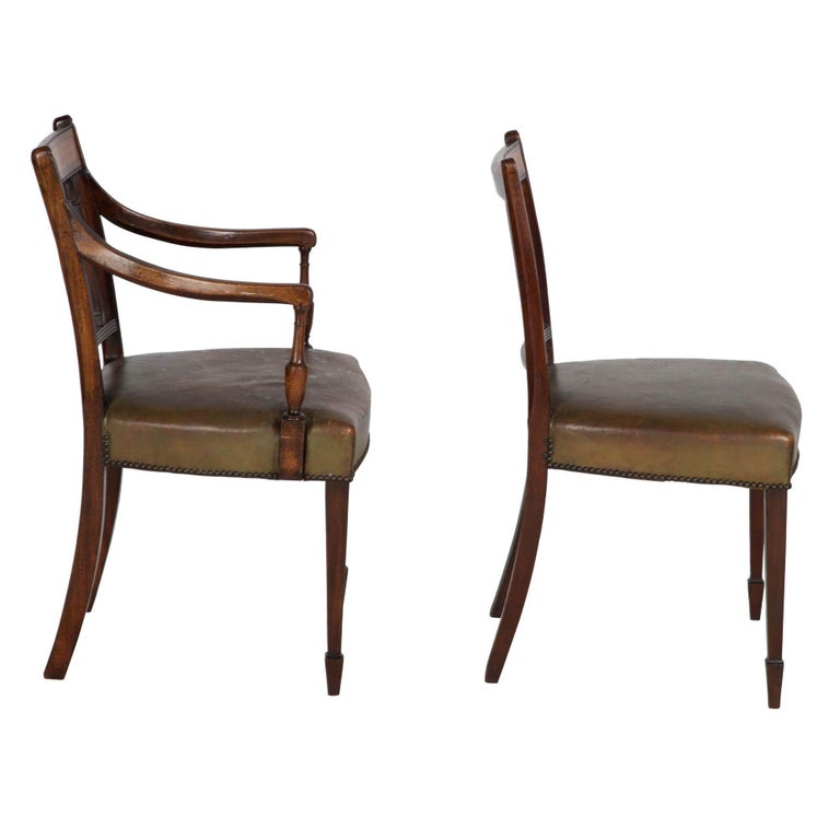 18th Century Set of 8 English George III Dining Chairs circa 1780, Mahogany and Satinwood For Sale