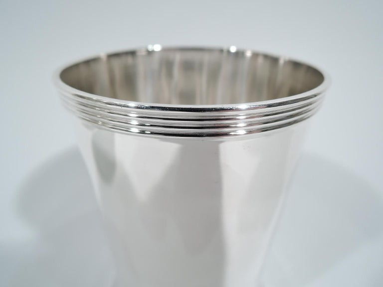 Modern Set of 8 Frank Whiting Old Kentucky Sterling Silver Mint Juleps For Sale