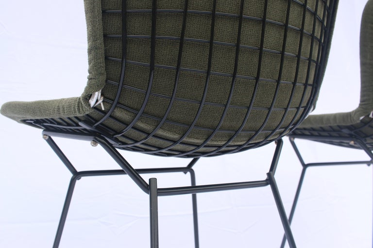 Set of 6 or 8 Harry Bertoia for Knoll Wire Chairs, 1960s-1970s For Sale 3