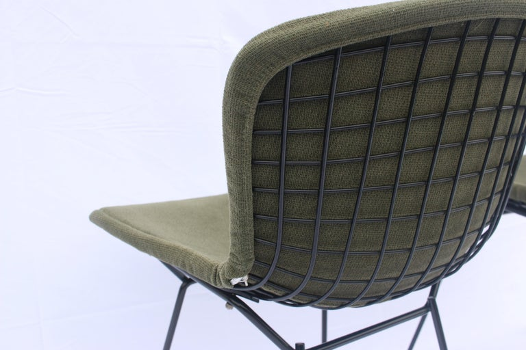 Set of 6 or 8 Harry Bertoia for Knoll Wire Chairs, 1960s-1970s For Sale 1