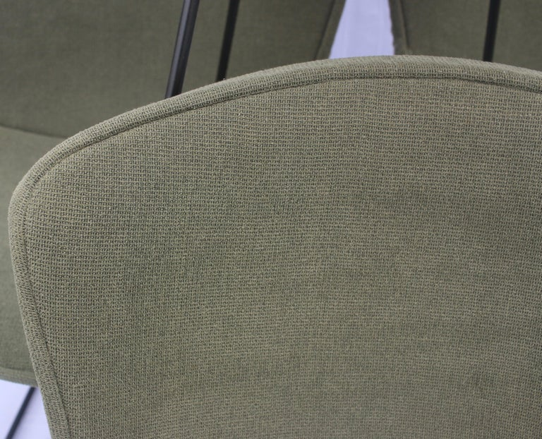 Set of 6 or 8 Harry Bertoia for Knoll Wire Chairs, 1960s-1970s For Sale 2