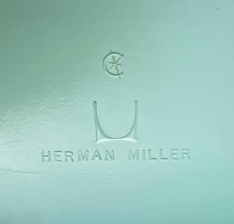 Set of 8 Herman Miller Eames Dining Chairs with Eiffel Base For Sale 6