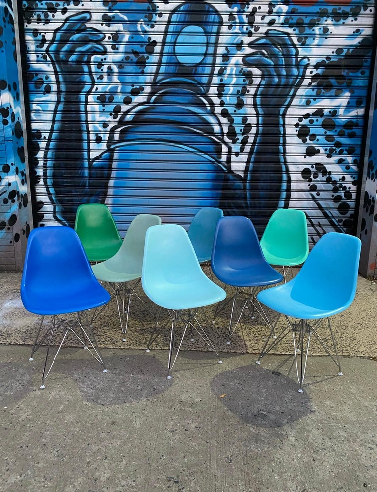Set of 8 Herman Miller Eames Dining Chairs with Eiffel Base For Sale 1